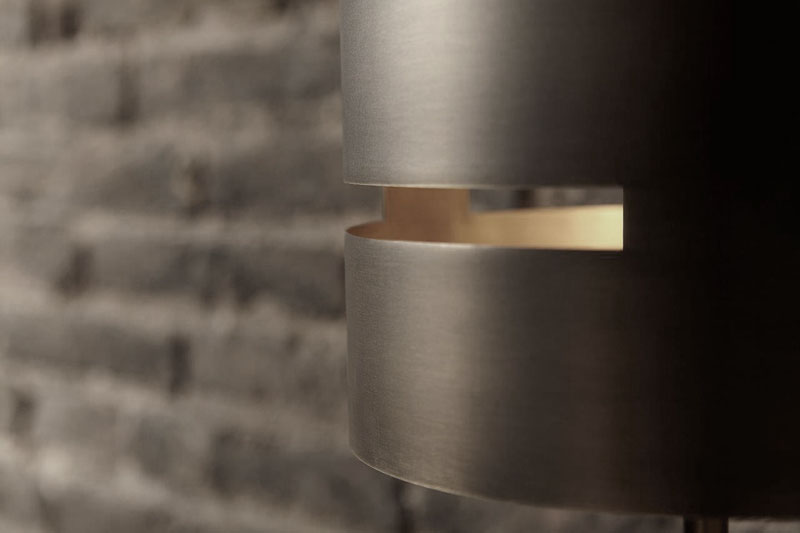 design_furniture_collection_metal_lamp_joan_lao_3